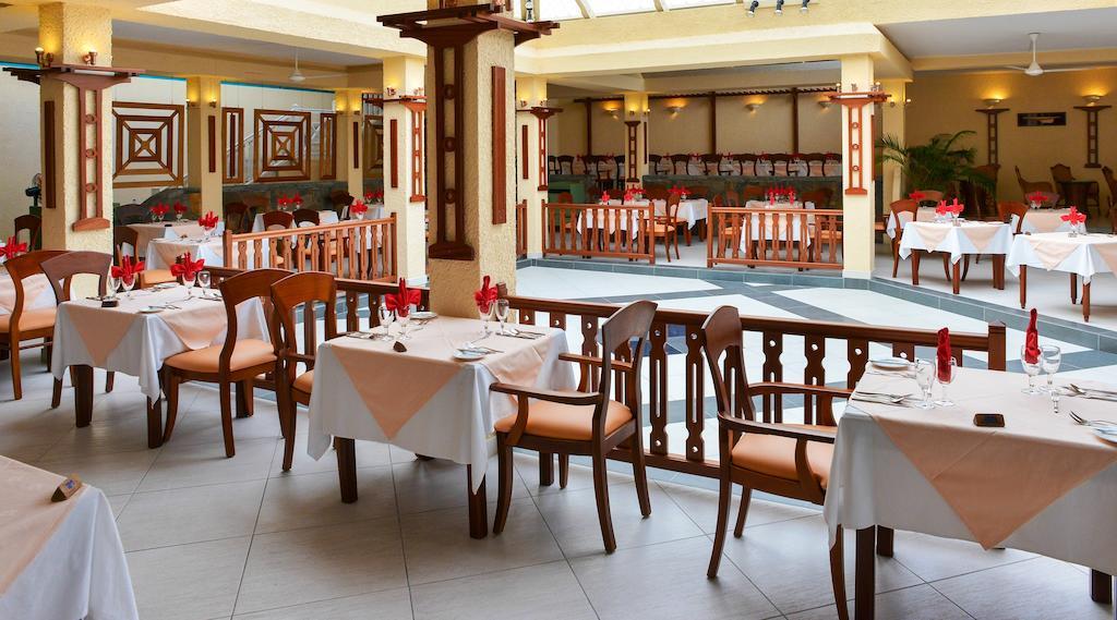 silver beach hotel restaurant mauritius